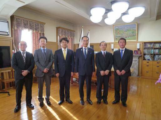 大野埼玉県知事との写真
